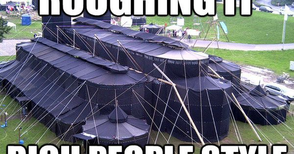 Rich People Tent Also Camping Couches This Http Www Redesignrevolution Com Ultimate Portable Couch Reflex Picnic Time Or Http Www Ohgizmo