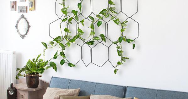 Anno est une treille murale suspendue compos e de for Decoration murale suspendue