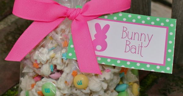 Bunny Bait! So cute for classroom Easter parties! (Pretzels, Rice Chex, White