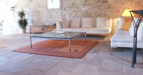 mur en pierre et carrelage maison pinterest pierre de bourgogne pierre de et bourgogne. Black Bedroom Furniture Sets. Home Design Ideas