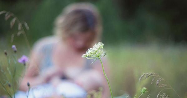 Gorgeous nursing session - Natalie Bee Photography in Spokane, Washington. Breastfeeding photography