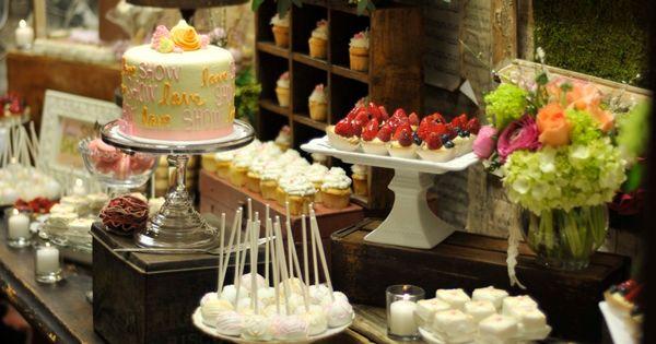 more dessert table settings