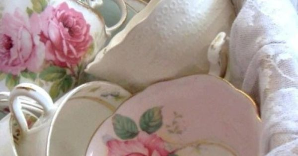 All things shabby and beautiful vajilla pinterest - Vajilla shabby chic ...