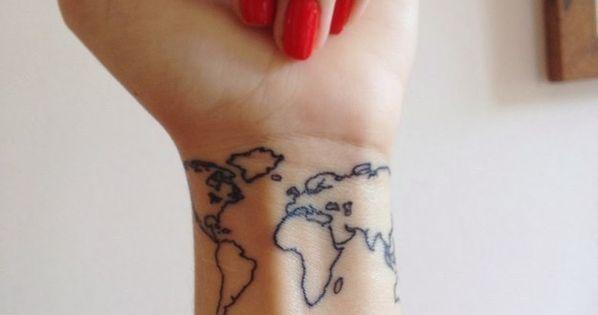 Le monde sur votre poignet. | 57 idées géniales de tatouages pour