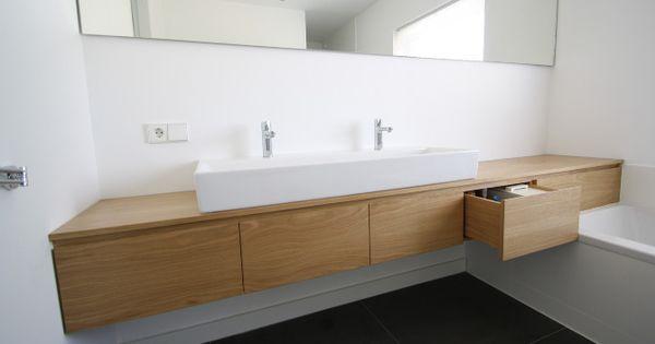 Meubel badkamer onder schuin dak pinterest badkamers badkamer en badkamermeubel - Idee outs kamer bad onder het dak ...