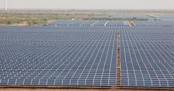 India Flips The Switch On World S Largest Solar Power Plant