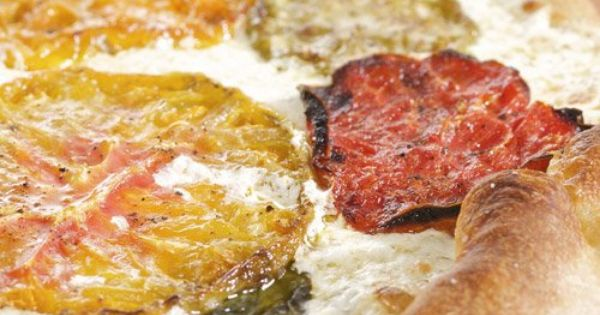 Heirloom tomatoes, Tomatoes and Pizza on Pinterest