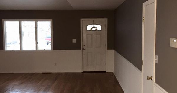 Sherwin Williams Chatura Gray Walls With White