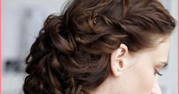 Here are 50 prom hairstyles for long hair that will pump up