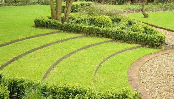 Jardines con desnivel tema taludes desniveles y - Paisajismo jardines casas ...