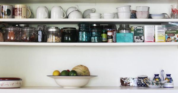 Open kitchen shelving :love: