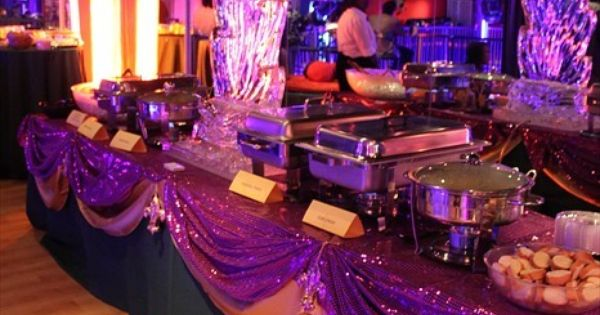 Food table mardi gras