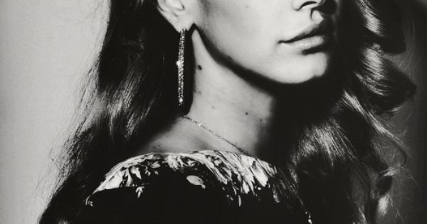 Lana Del Ray. girl crush! For sure