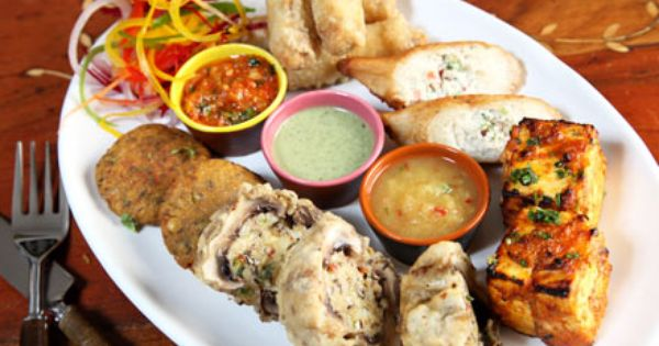 Enjoy Veg Non Veg Combo Meal Starting From Rs 79 Food Restaurant Offers Local Eatery