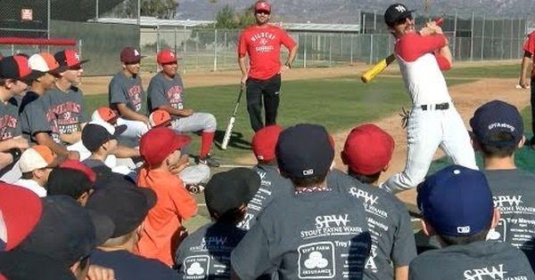 Baseball Baseball Super Star Domingo Ayala Visits Rev Baseball Camp Read The Rest Of This Entry Http Baseballallsta Baseball Camp Baseball Soccer Field