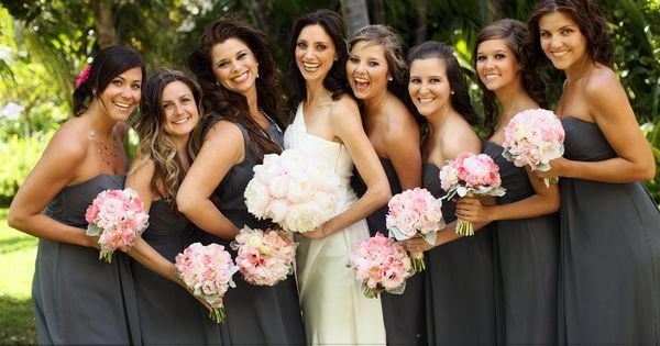 grey and pink wedding-ideas love the grey dresses and pink flowers