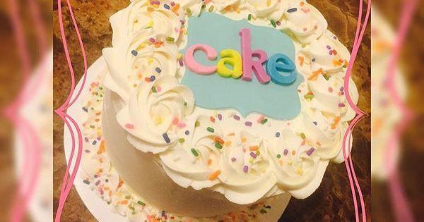 valentine's day vanilla cupcakes