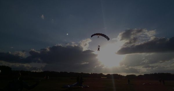 Skydiving In Zephyrhills Fl With Images Skydiving Photo Travel