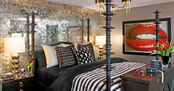 Bruce and kris jenner 39 s home kylie 39 s bedroom deco for Decoration maison kris jenner
