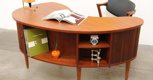 1950s danish modern tibergaard nielsen teak desk mid century if i had an office this would be. Black Bedroom Furniture Sets. Home Design Ideas