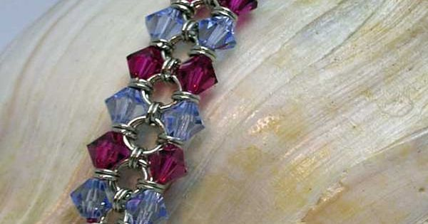 Crystal Chainmaille Bracelet ~ love the way this one is put together