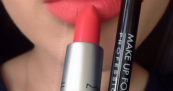 #corallips MAC forttheloveofmakeupbaby MUFE Aqua lipliner in 18C and MAC vegasvolt lipstick