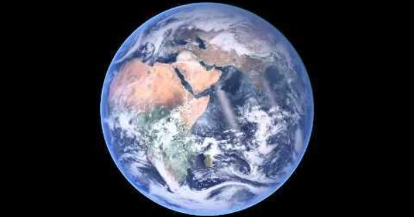 Amazing Time Lapse Shows Six Months In A Flash Earth Atmosphere Image Of The Day Blue Marble