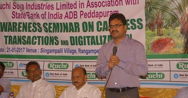 Ruchisoya Organizes Awareness Camps To Induct Farmers Into