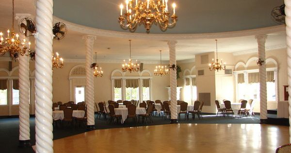 here is a before picture of the ballroom at blossom heath