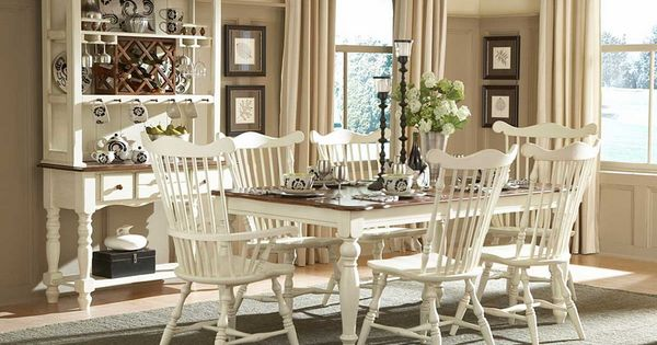 Country Dining Rooms Taupe Walls And Dining Room Decorating On