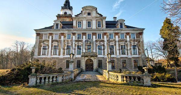 Abandoned mansions for sale old abandoned mansion during for Mansion estates for sale