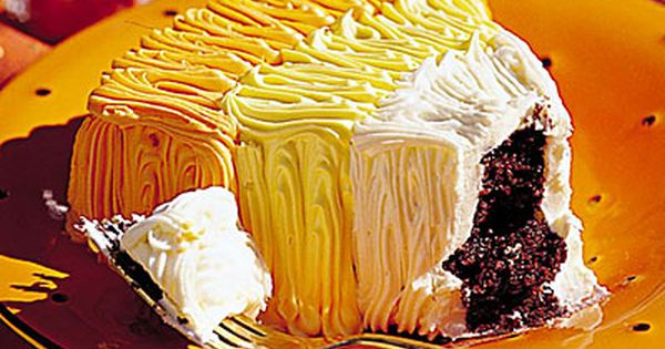 Halloween 'Candy Corn Cake' Recipe