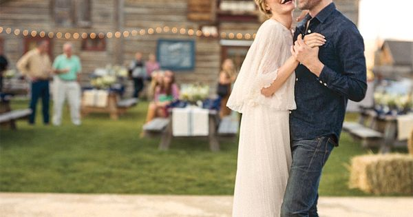 In love with this image from Kate Bosworth's wedding (and that vintage