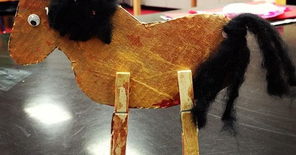 toddler horse clothespin craft pyssel f r barn