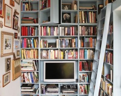 Book nook with hidden compartments... in my version one of these bookshelves