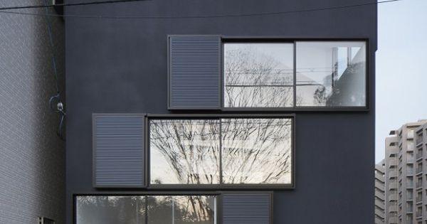 Spiral window house par alphaville fen tre maison et osaka for Fenetre urbaine