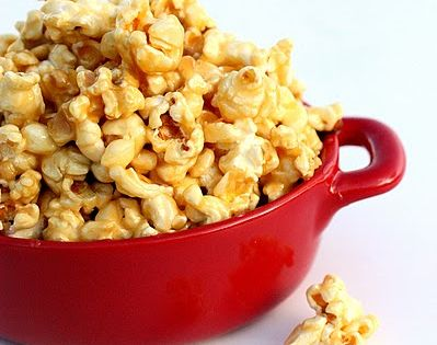 Soft Caramel Popcorn Recipe The Girl Who Ate Everything Recipe Popcorn Recipes Caramel Soft Caramel Popcorn Food