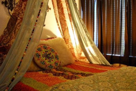 DIY Easy Boho Bed Canopy