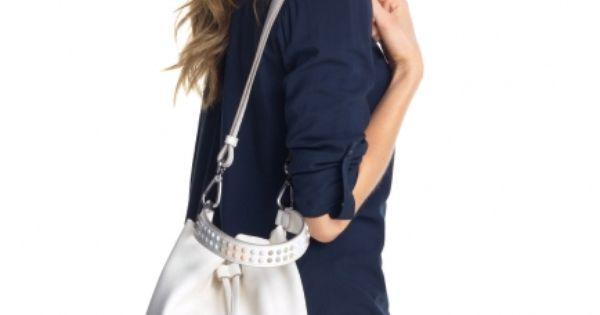 Pieni Adidas Laukku : Espritin pieni pussukkamainen olkalaukku jonka