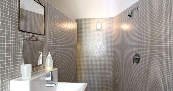 Salle de bains en mosa que 25 ambiances pour carreler sa for Carreler sa salle de bain