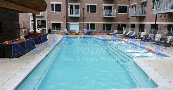 Custom gunite swimming pool in downtown omaha ne apartment for Pool design omaha