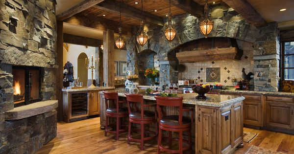 ♥ fireplace, lanterns & ceiling!!! My dream kitchen :)