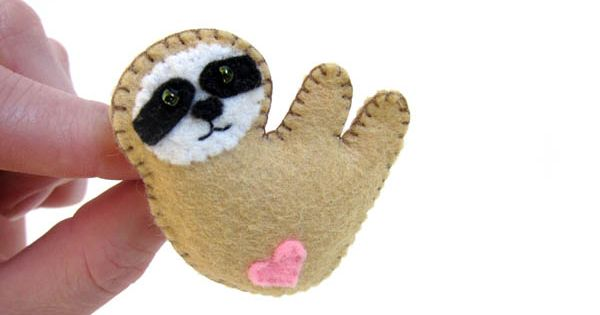 Cute felt sloth pin by Freshstitches   Sew What ...