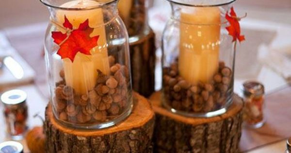 Centerpieces favors were small mason jars filled with