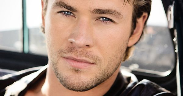 Chris Hemsworth.. Hottie