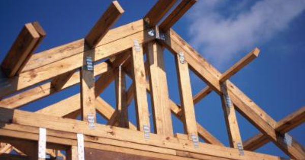 How To Construct A Dual Pitch Roof Roof Trusses Roofing Pitched Roof