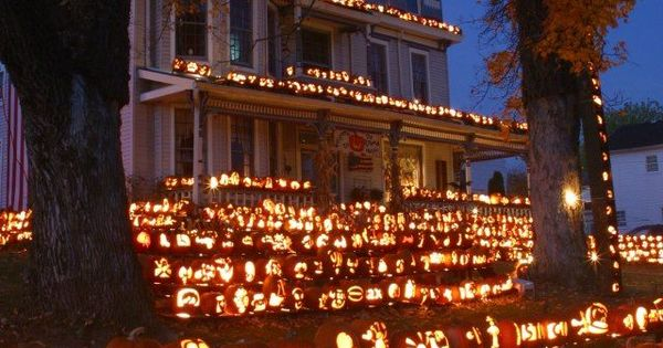 The Pumpkin house Kenova, West Virginia Ashley McKnight www.pinterest.com...