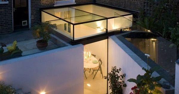 Extension de maison avec toit en verre baies vitr es for Maison avec toit en verre