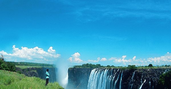 """Zimbabwe: """"Every single commercial itinerary to Zimbabwe includes Victoria Falls – and"""