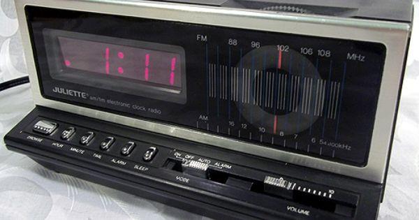 Sold Vintage Juliette Am Fm Electronic Alarm Led Clock